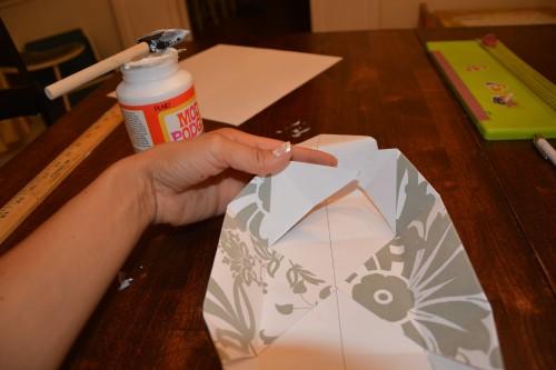 Cách làm hộp quà bằng giấy (28)
