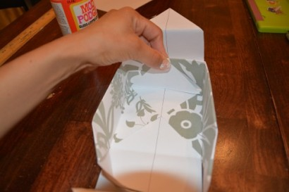 Cách làm hộp quà bằng giấy (29)