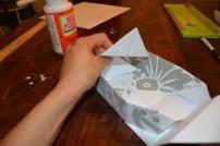 Cách làm hộp quà bằng giấy (30)
