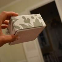 Cách làm hộp quà bằng giấy (41)