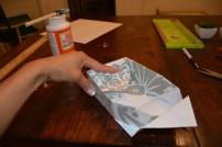 Cách làm hộp quà bằng giấy (31)